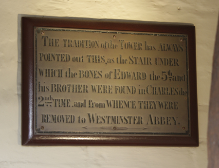 bloody-tower-plaque.jpg