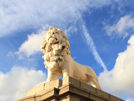 coades-lion.jpg