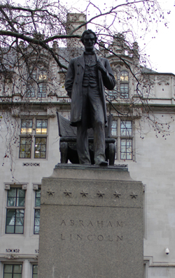 lincoln-statue.jpg